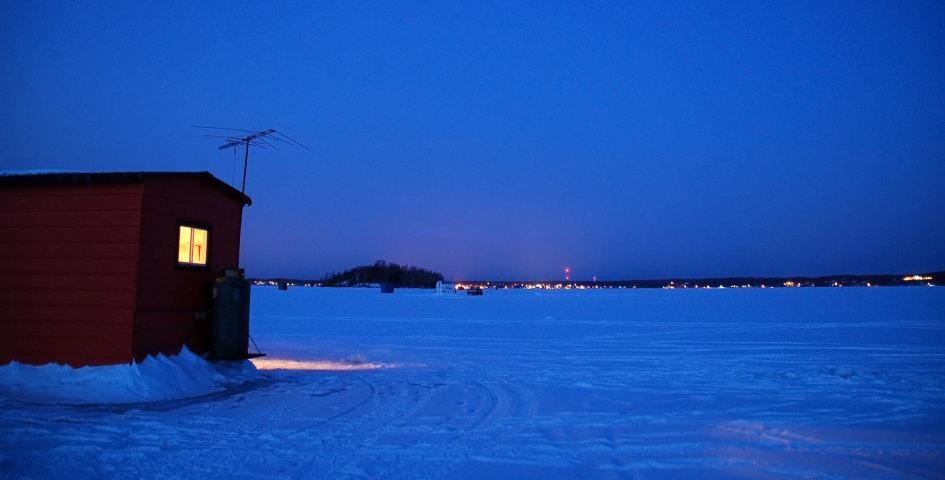 Ice-Fishing_1300