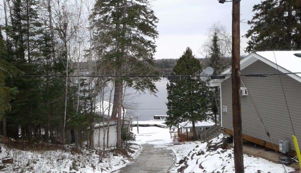 Glen Echo - Trailside deck view