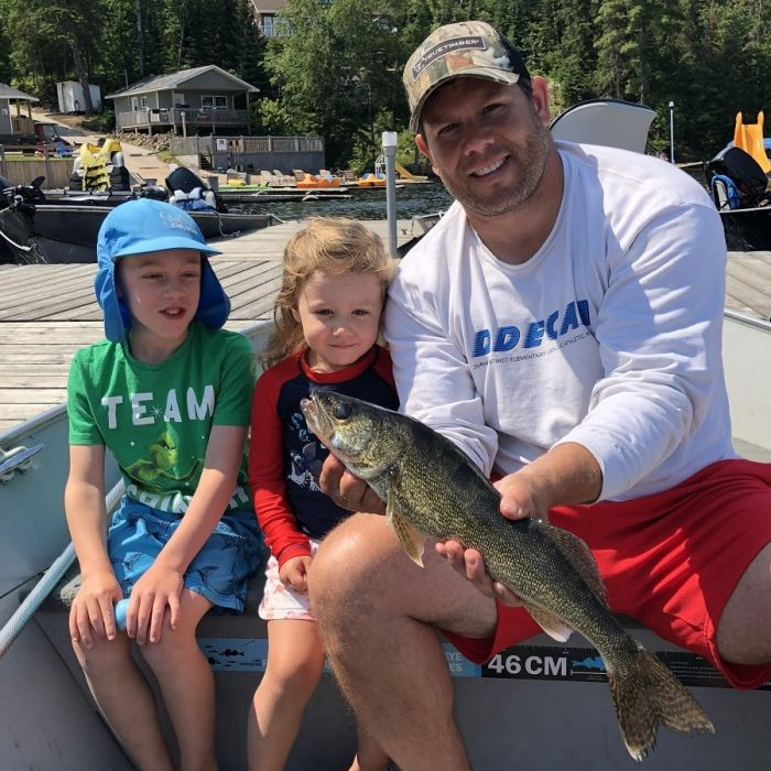 Family fishing @ Glen Echo Cottages